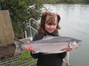 kenai-fishing-report-kasilof - Litlle girl and  king salmon